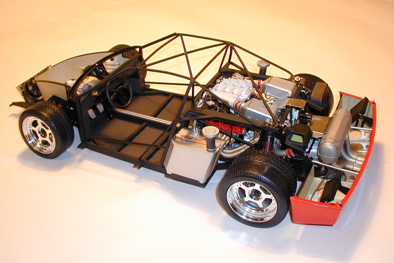 Photos Of Super Detailed Pocher 1 8 Scale Chassis Only